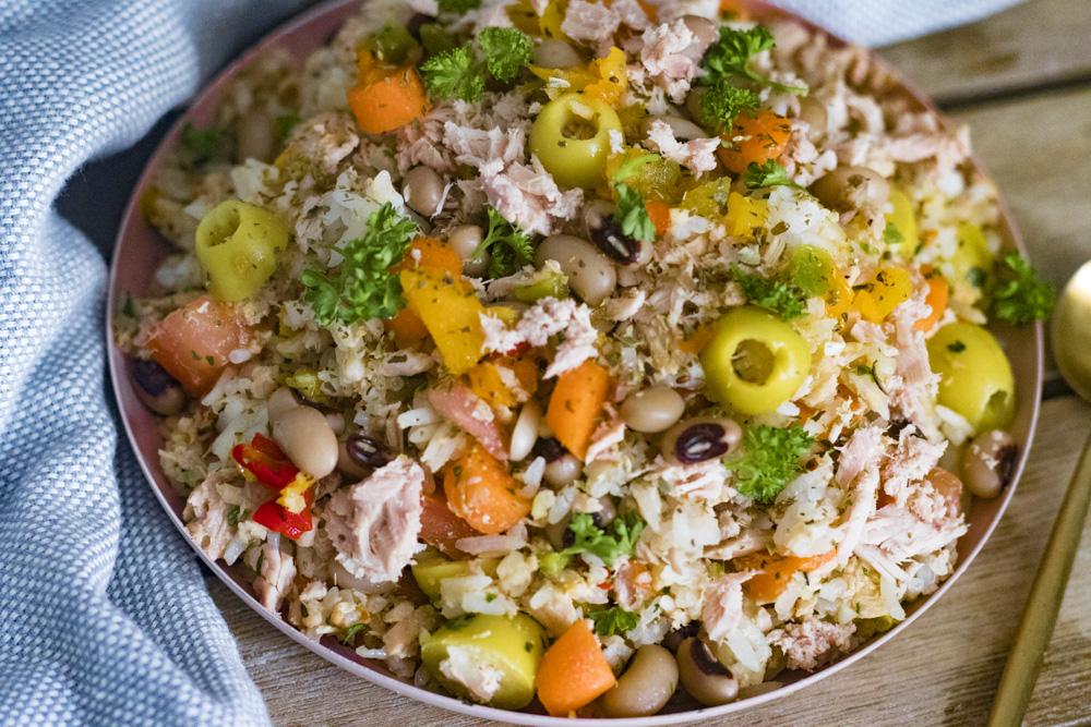 Salade de riz au thon et niébé - Aistou Cuisine